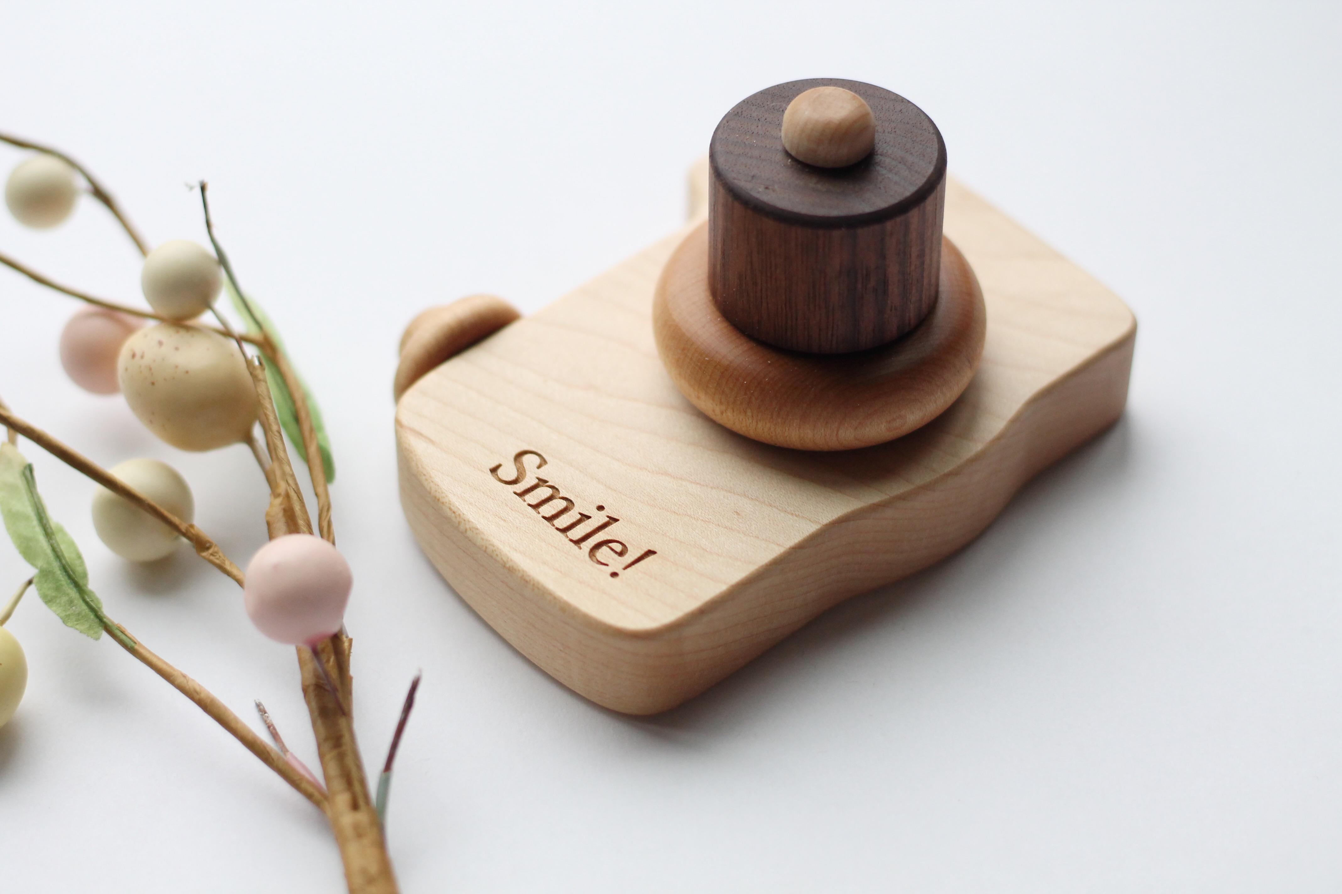 Wooden Play Camera