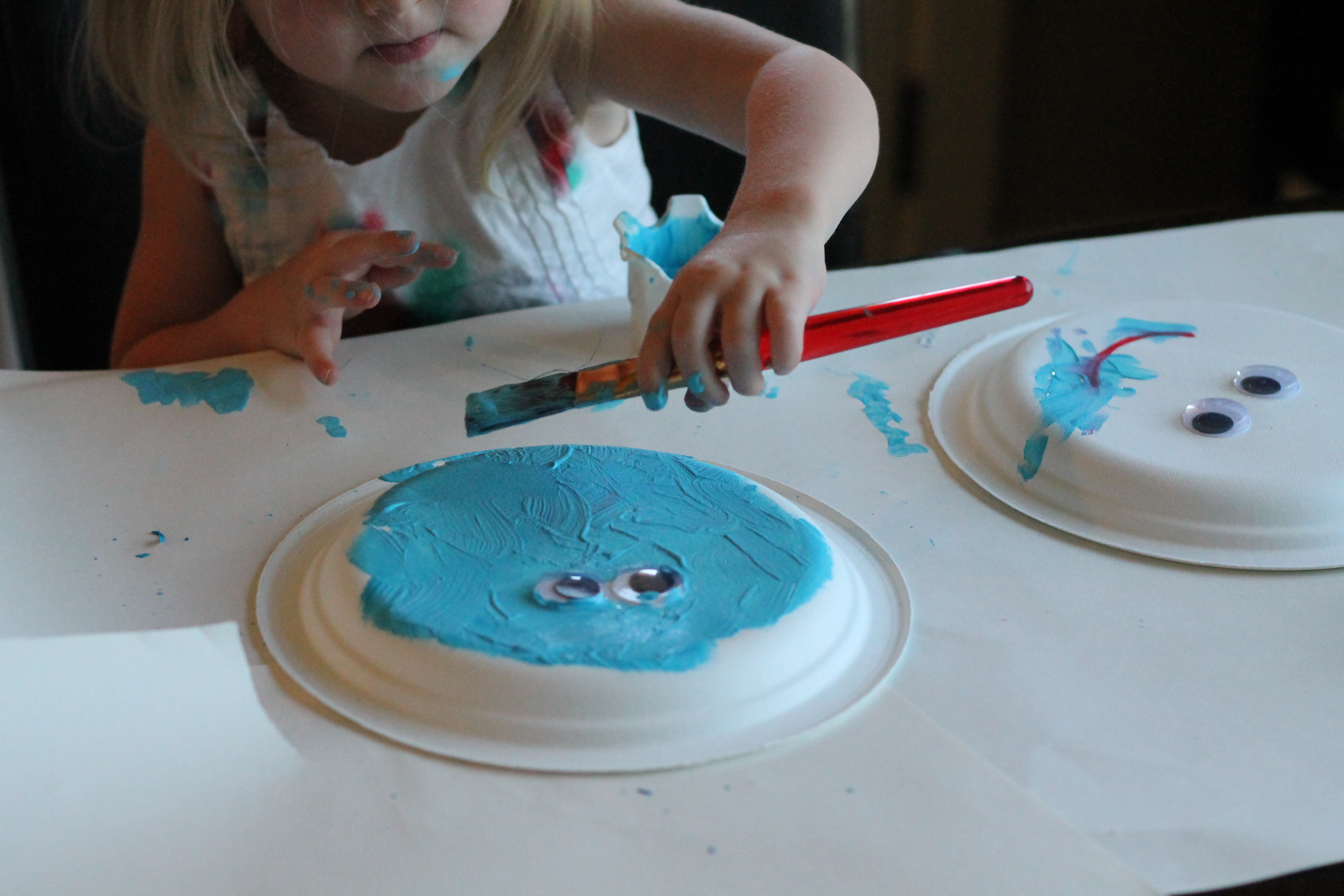 Painting crafts for toddlers with books